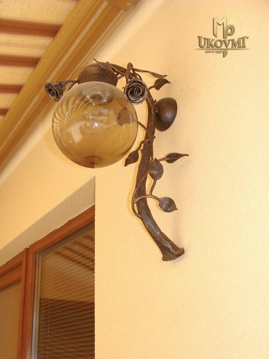Romantische Wandleuchte - ROSE - stilvolle Außenlampe